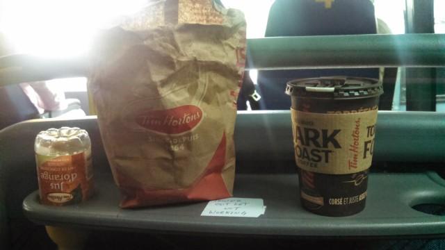 bus food